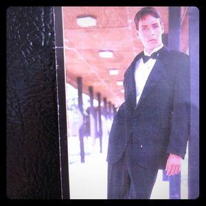 Kenneth Cole men's suit